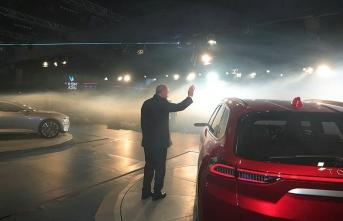 Erdoğan, Türkiye'nin ilk 'yerli otomobili'ni tanıttı