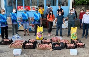 Fırat Gezginler Kulübü sokak hayvanları için harekete geçti