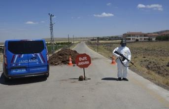 1 Kişide virüs tespit edildi 3500 kişilik Karabahçe Karantinaya Alındı
