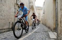 Urfa'nın tarihi sokaklarında pedal çevirdiler