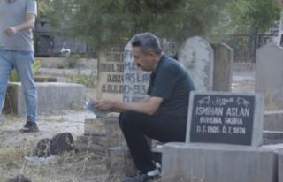 Siverek'te Bayram Sabahında Vatandaşlar Mezarlığa...