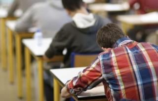 Üniversite sınavına giren adayların yüzde 46'sı,...