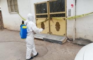 Siverek'te karantinadaki evler ilaçlandı