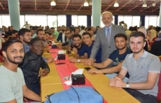HRÜ uluslararası öğrencileriyle bir cazibe merkezi...