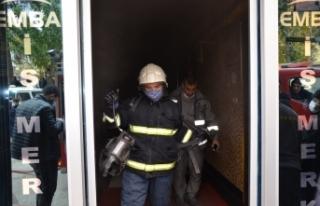 İş Merkezinde Çıkan Yangın Paniğe Neden Oldu.