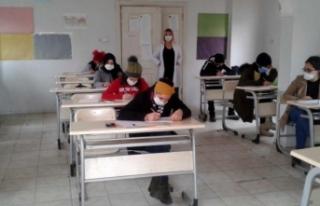 Siverek Belediyesinden öğrencilere ücretsiz TYT...