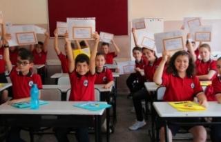 Bakan Ziya Selçuk'tan açıklama! Karneler e-Okul'da...