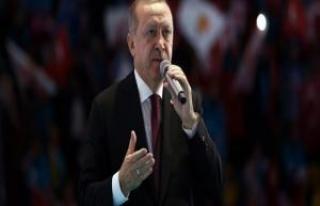 Erdoğan'ın açıkladığı AKP seçim beyannamesinden:...