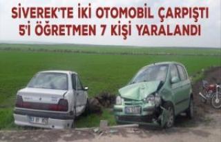 Siverek'te İki otomobil çarpıştı: 5'i öğretmen...
