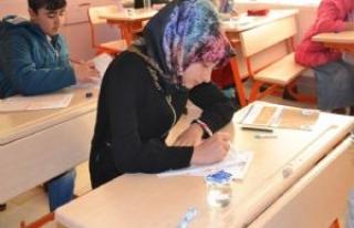 Siverek'te Meal sınavına yoğun ilgi