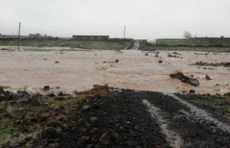 Siverek'te Aşırı Yağış Yaşamı Olumsuz Etkiliyor