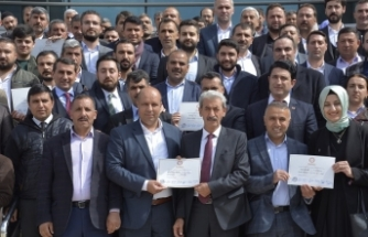 Belediye Başkanı Şehmus Aydın Mazbatasını Aldı