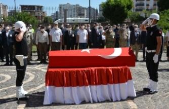 Kalp krizi geçiren Şehit polis memuru memleketine uğurlandı