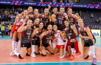 A Milli Kadın Voleybol Takımı, 2021 CEV Avrupa Şampiyonası'ndaki 3. maçında İsveç'i 3-0 yendi; 3'te 3 yaptı
