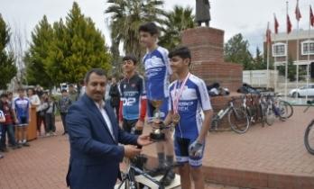 Çanakkale Şehitleri Anısına Bisiklet Yarışması