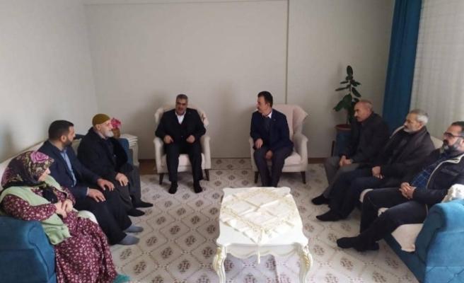 HÜDA-PAR İl Başkanı Erat'tan Hasan Adsoy'un ailesine ziyaret