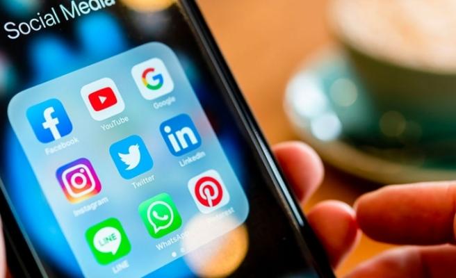 AKP, sosyal medya teklifinin detaylarını açıkladı: 5 aşamalı yaptırım geliyor