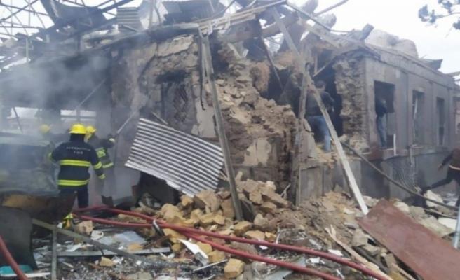 Ermenistan Gence'yi vurdu: 13 sivil öldü, 40'tan fazla ev yıkıldı