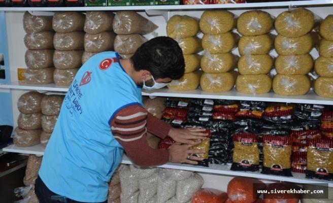 'İyilikhanem' Çarşısı 800 ihtiyaç sahibi aileye yardım ulaştırdı