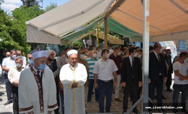 Vefat eden Kaymakam için gıyabi cenaze namazı kılındı