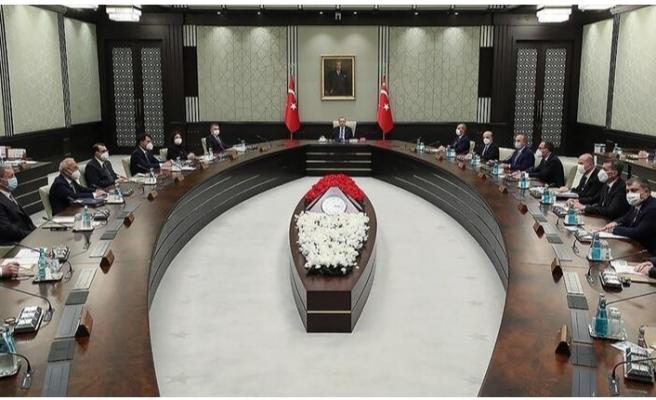Gözler Kabine Toplantısı'na çevrildi!