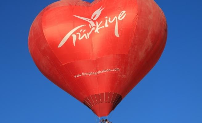 Göbeklitepe'de sıcak hava balon uçuşları başladı