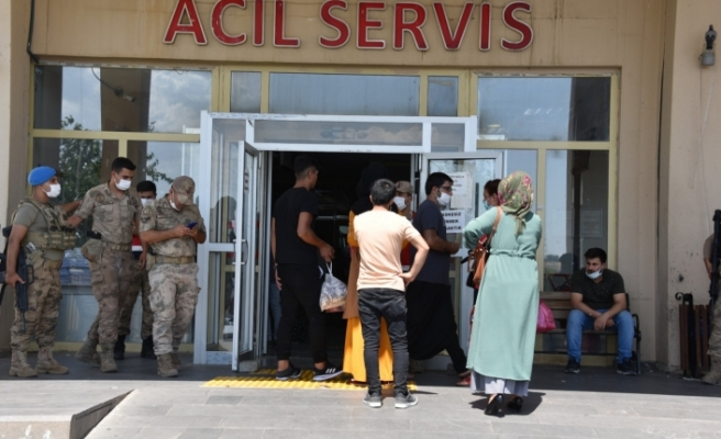 İki aile arasında çıkan kavga da 4 kişiyi yaralandı!