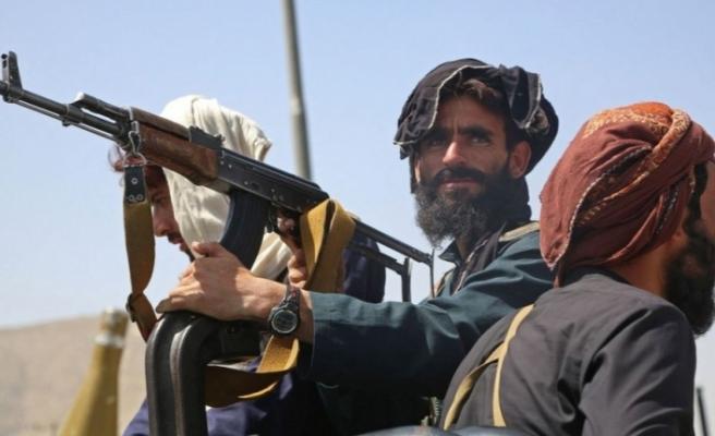 Taliban 10 günde Afganistan'da kontrolü nasıl sağladı?
