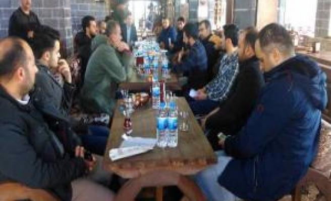 Siverek-Der Yeni Yönetimi Basın Mensupları ile Bir Araya Geldi