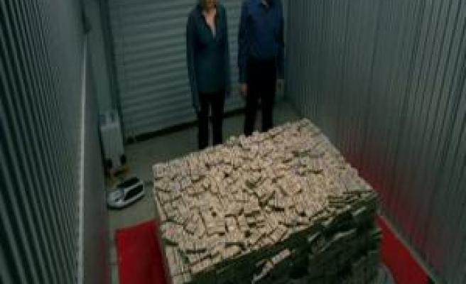 Türkiye'deki milyonerlerin hesabındaki döviz, 75 milyar daha arttı