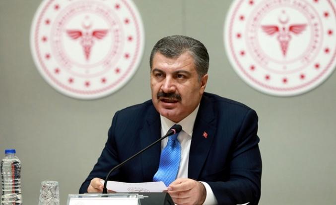 Sağlık Bakanı Koca: Yeni hayatımızda kalabalık AVM, stadyum, tam kapasite çalışan asansörler olmamalıdır