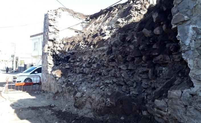 Eski Siverek evleri ömrünü tamamlamış