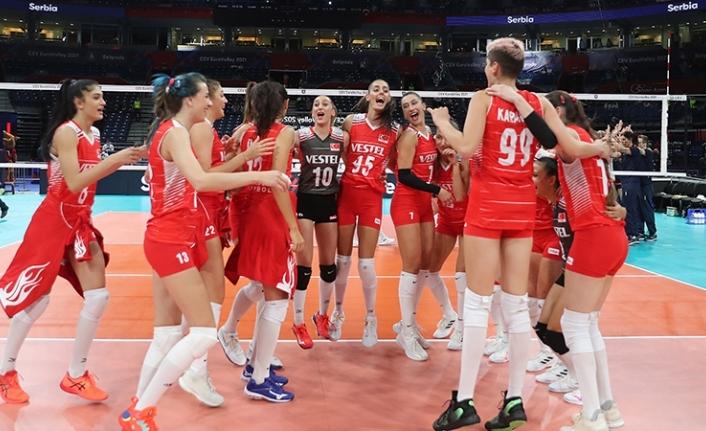 A Milli Kadın Voleybol Takımı Avrupa üçüncüsü!